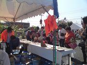 大勢の方が集まった好評のタイル鍋敷き作り
