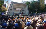 昨年11月19日、日比谷公園大音楽堂に全国の仲間5,002名が集結(中央総決起大会)