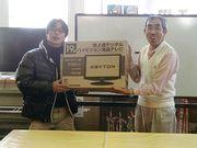 優勝の椙村さん(左)